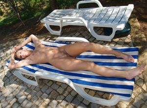 wife nude on vacation
