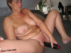 amateur hunter lesbian mature milf movie pic porn