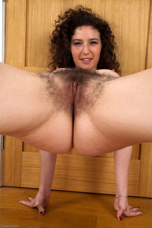 mature hairy pussy solo