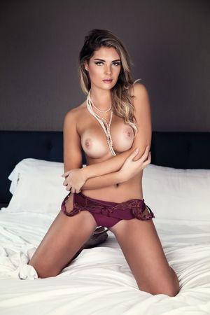 louise lasser nude