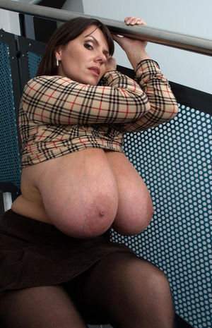 big mature boobs pictures