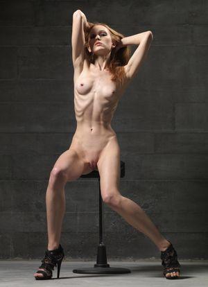 annalise basso nude