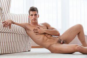 Guzman nude ryan Ryan Guzman