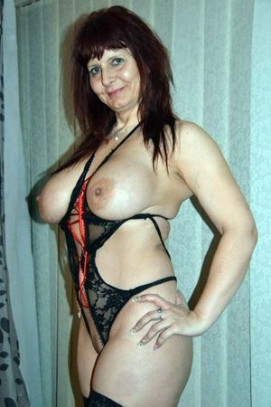 mature mom big boobs
