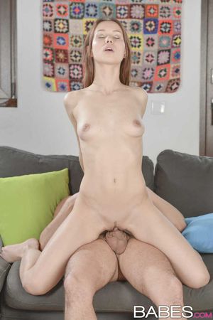bailey de young nude
