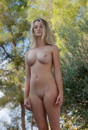 Nudes cherry Beautiful Naked
