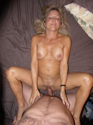 amateur mature porn tubes