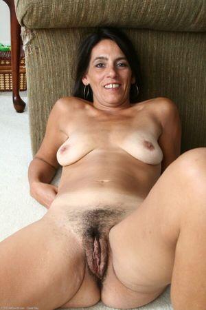 beautiful mature nude