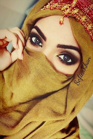 pretty arabian girl