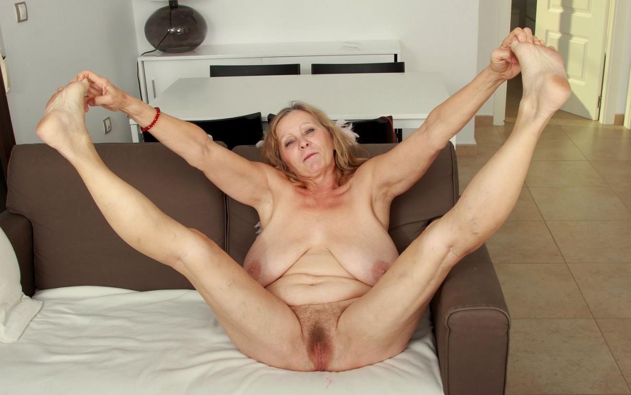 Big Tits Old Pussy Porn Pics
