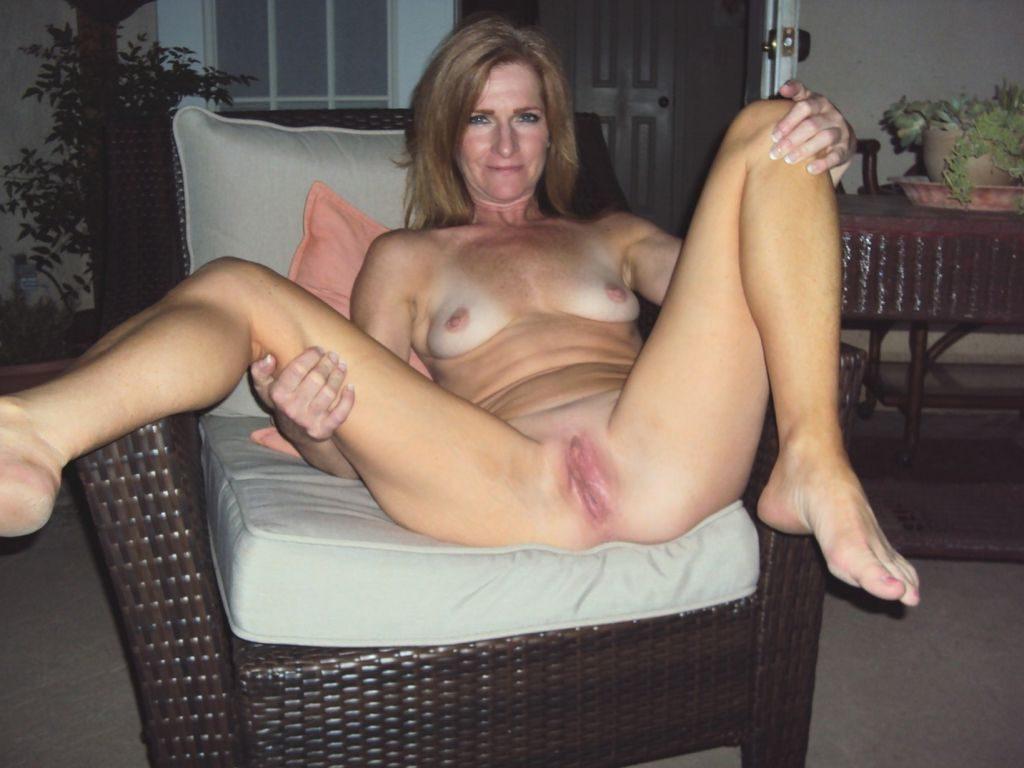 Голая зрелая женщина россиянка Фото голых девушек