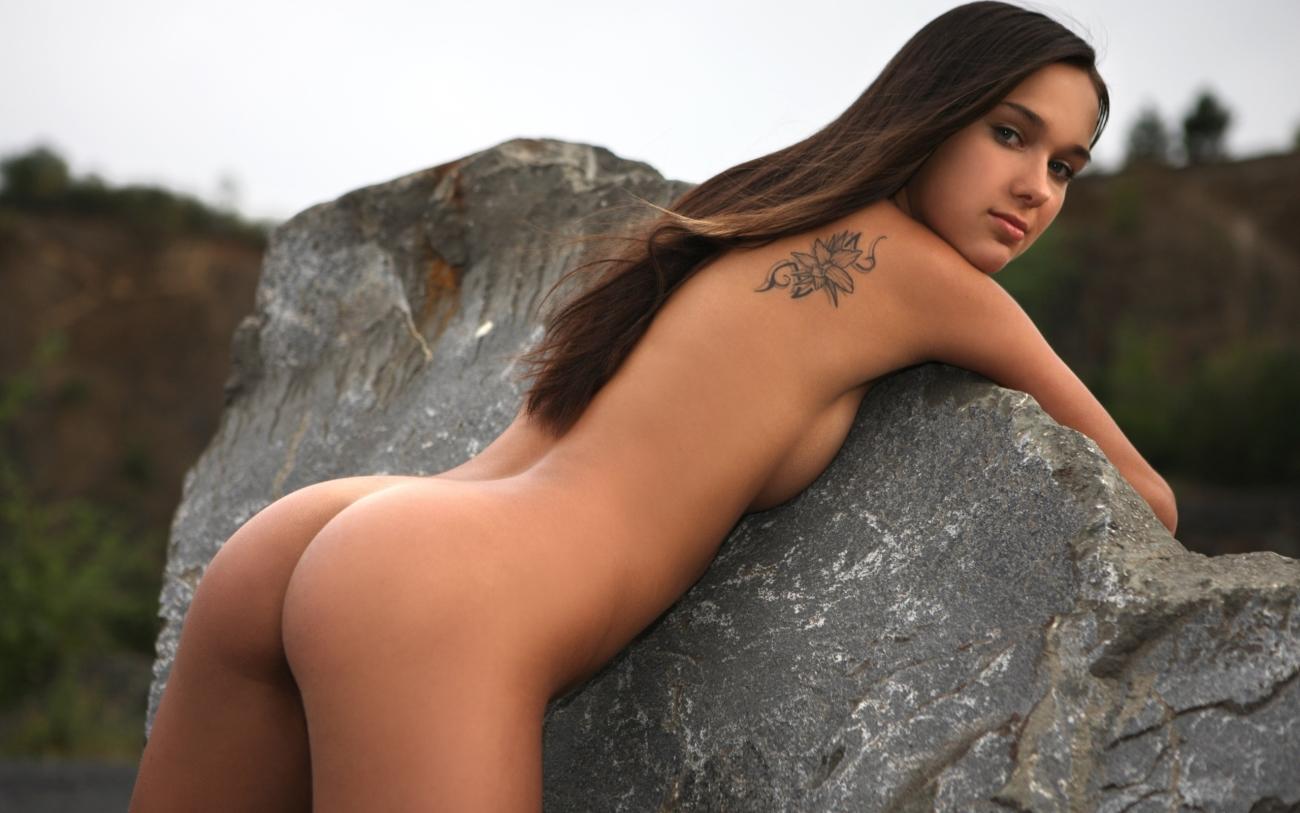 Красивые попки голых девушек - 140 ню фото