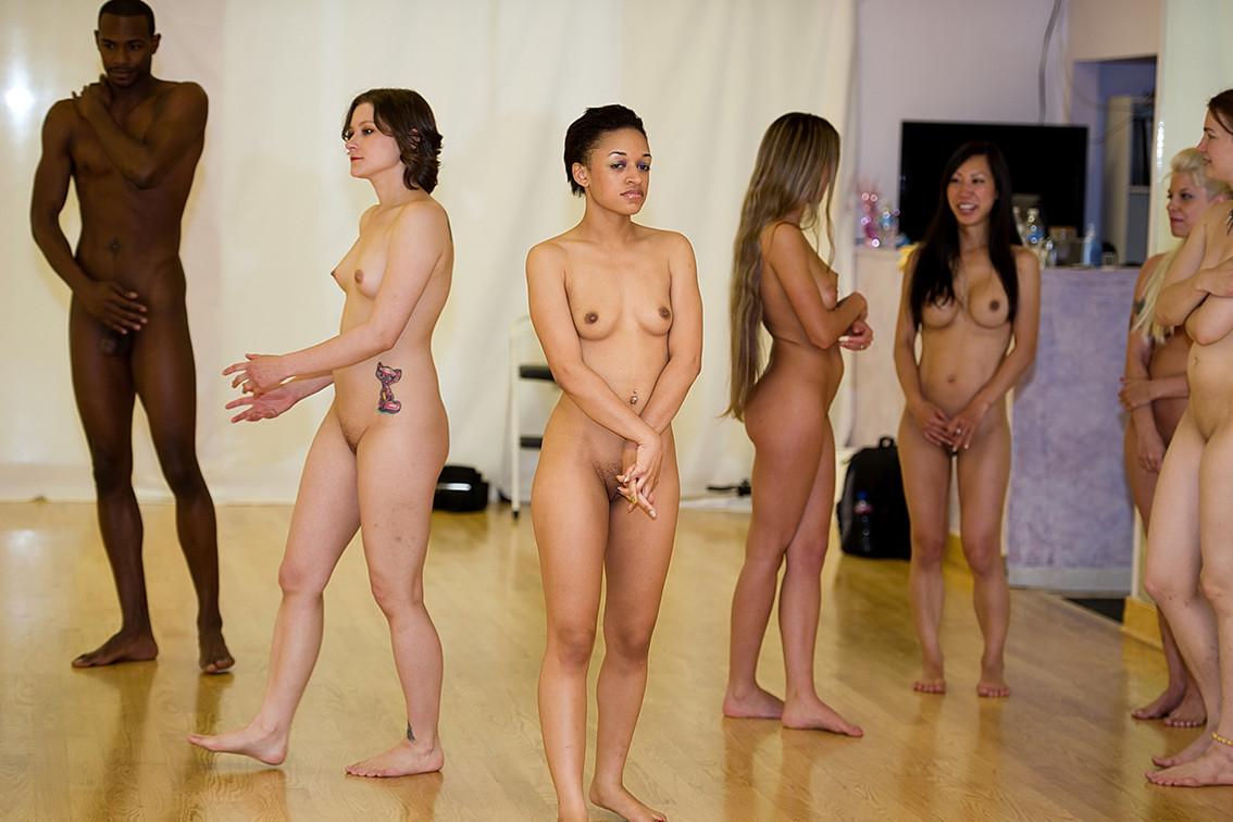 Nude Ballet Female Dancers