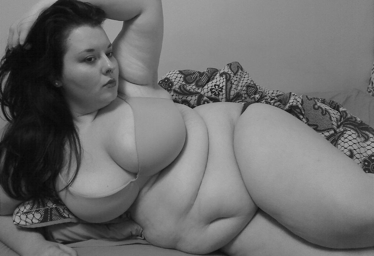 Pin On Mega Fat Women Sexy Beauty Bbw Plus Size Beauty