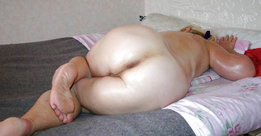 Chubby nude in sleep