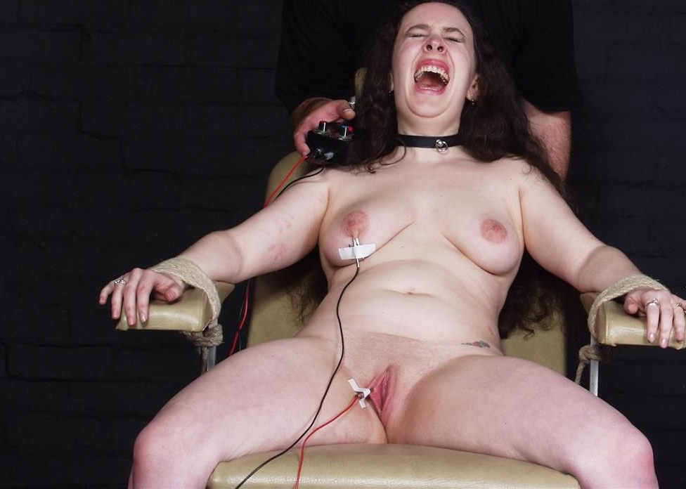 Weird Crystels Hot Wax Torture And Self Torturing S And M Of English Passon