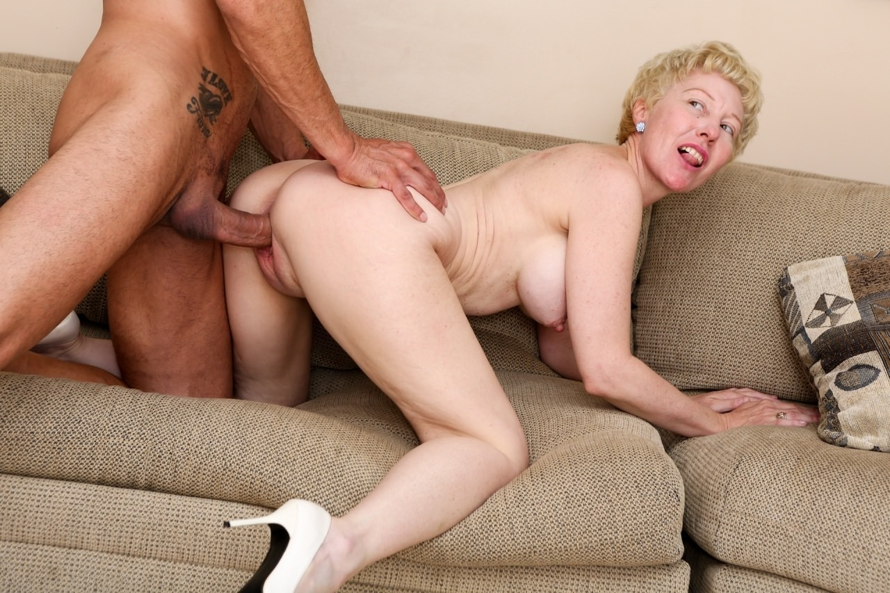 Horny Guys Anal Fucked French Granny In Hardcore Threesome