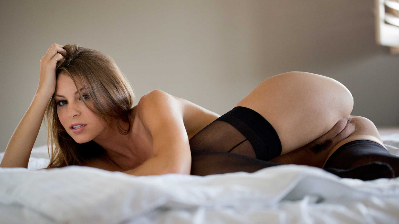 Free photo amber sym, girl, beautiful, naked, sexy, chest, p