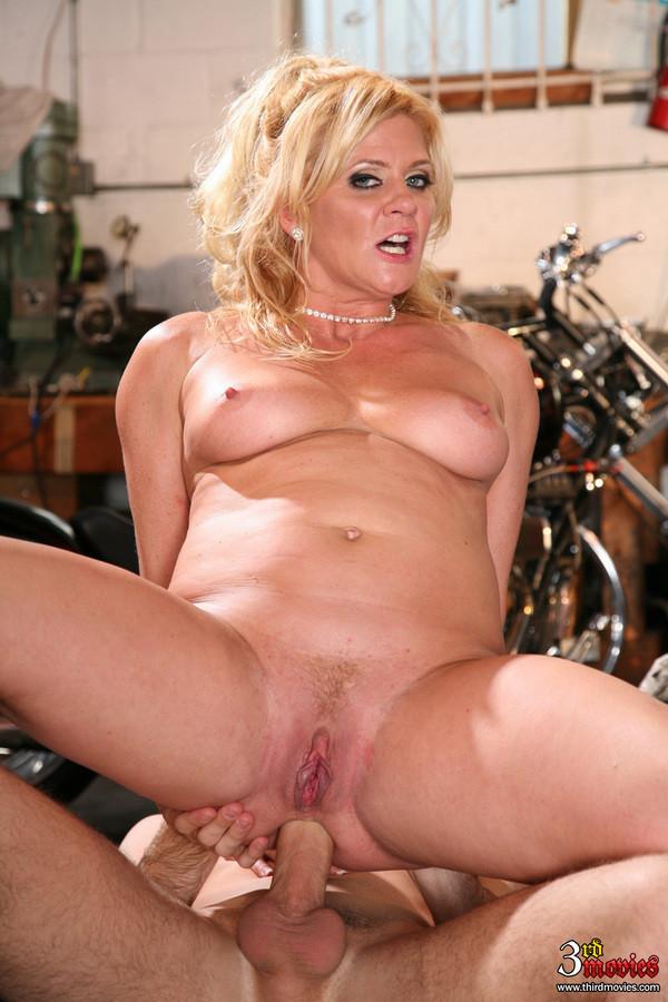 Ginger Lynn Mature